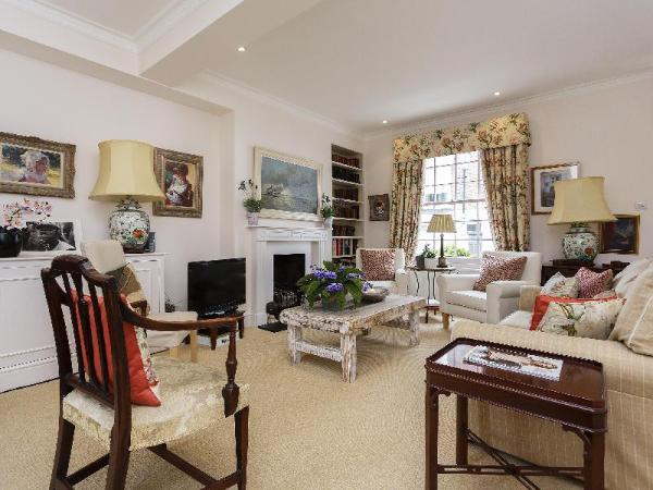 Veeve Charming 4 Bed Notting Hill Townhouse Farmer Street London