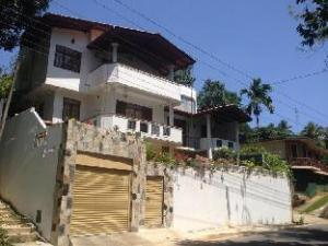 Kandy Luxury Home Stay