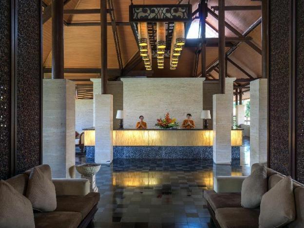 Grand Balisani Suites Hotel