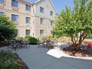 Staybridge Suites Madison - East
