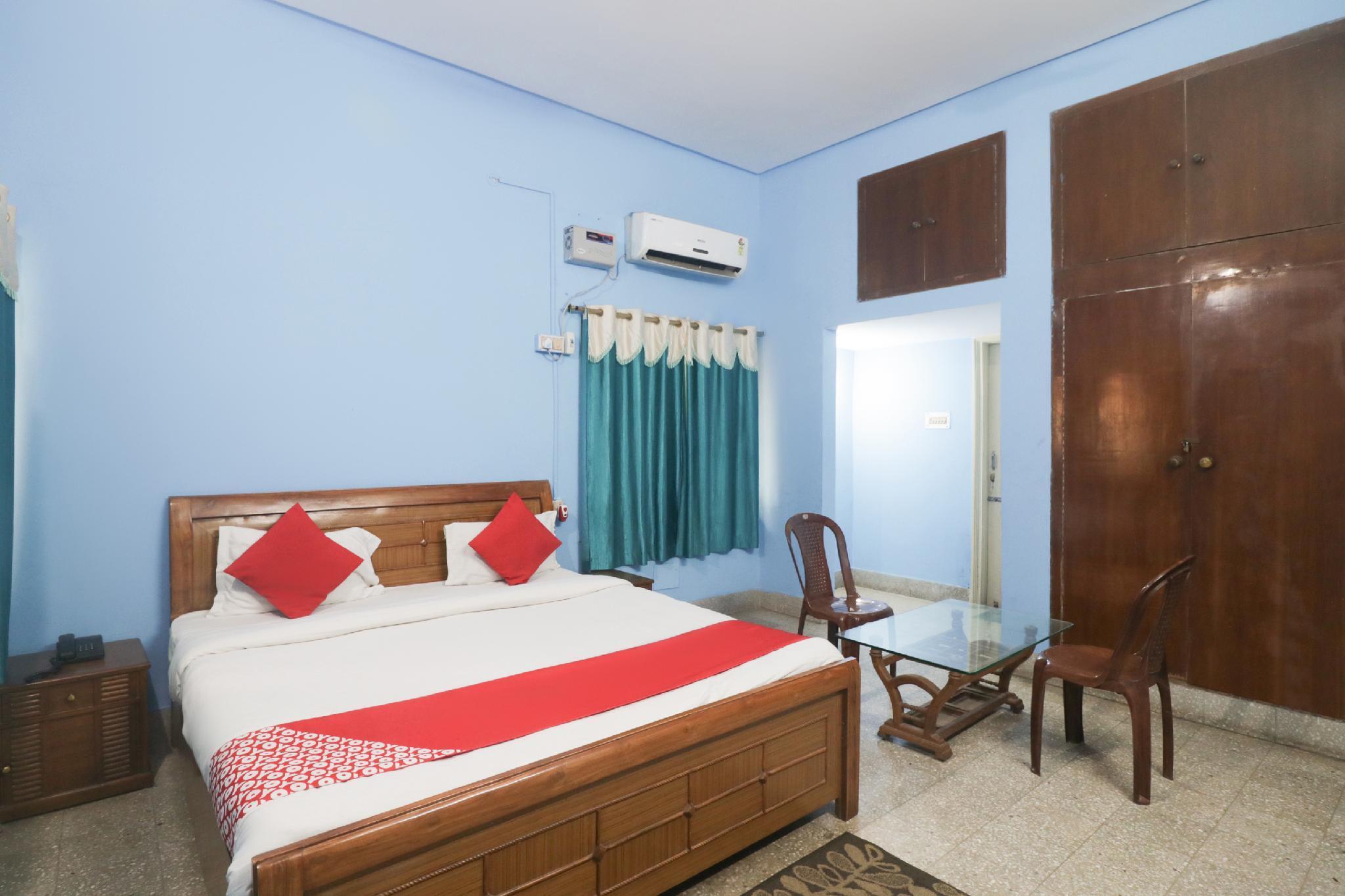 OYO 62229 Rudra Palace