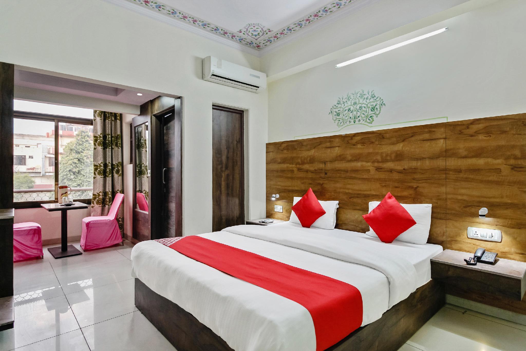 OYO 62021 Hotel Tulip Palace