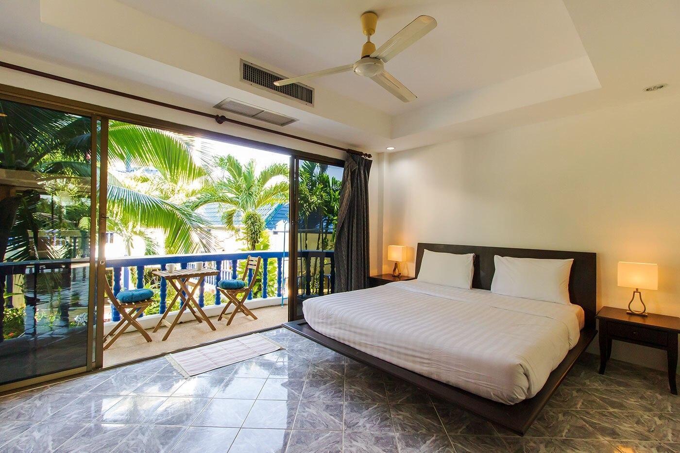 Tranquil 1 Bed Apartment. Walk to Kamala Beach. อพาร์ตเมนต์ 1 ห้องนอน 1 ห้องน้ำส่วนตัว ขนาด 60 ตร.ม. – กมลา