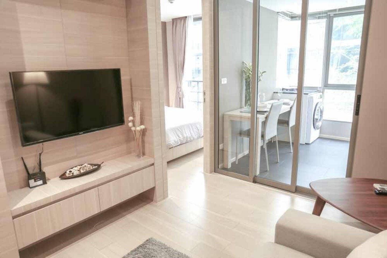 [SII]luxury condo in Silom BTS, pool, GYM, wifi อพาร์ตเมนต์ 1 ห้องนอน 1 ห้องน้ำส่วนตัว ขนาด 40 ตร.ม. – สีลม