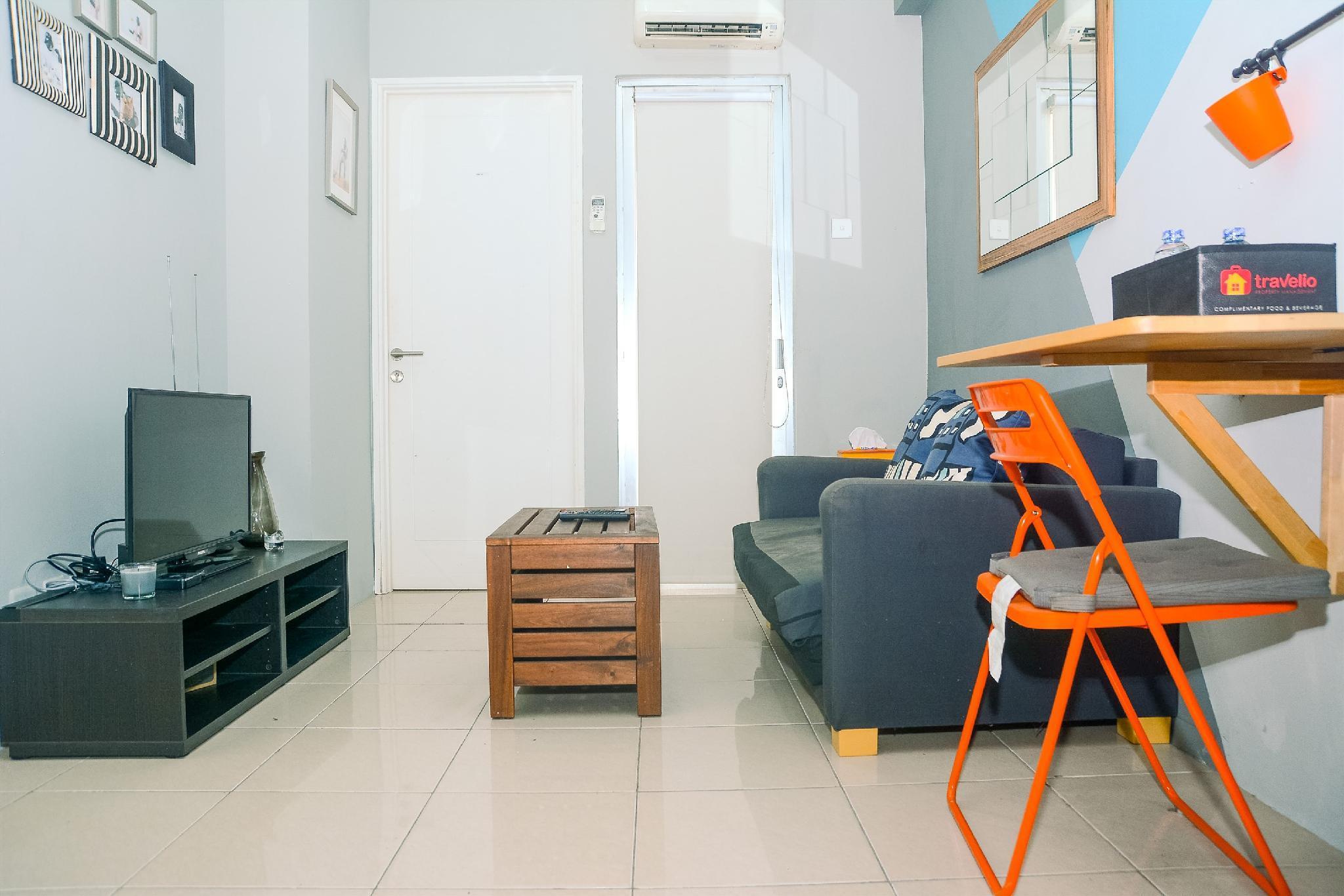 Minimalist 2BR Pakubuwono Terrace Apt By Travelio