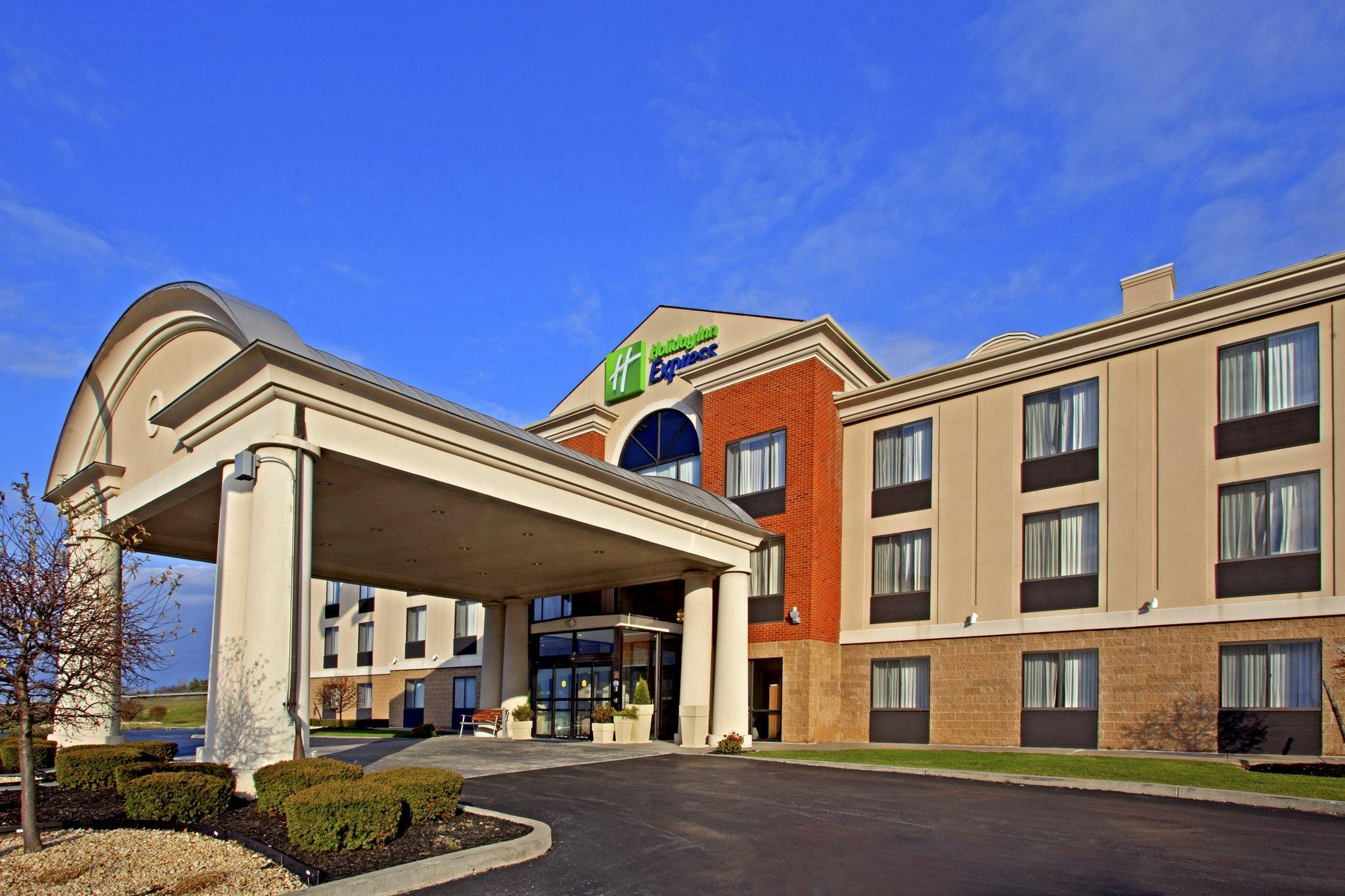 Holiday Inn Express East Greenbush   Albany Skyline