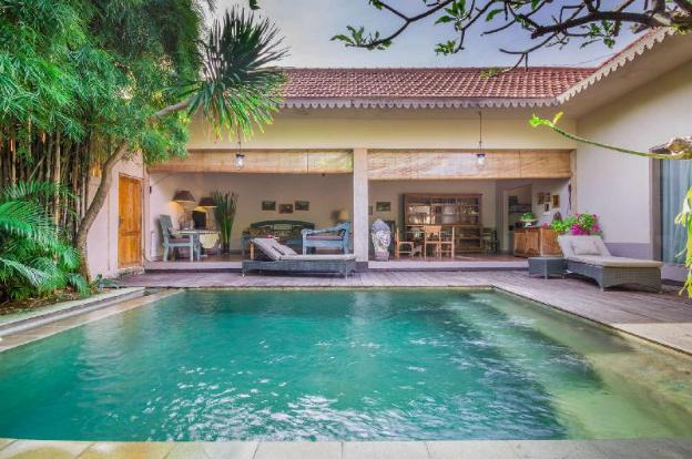 Luxury 2 Bedroom Holiday Villa in Seminyak with Private Pool, Villa Bali 2021
