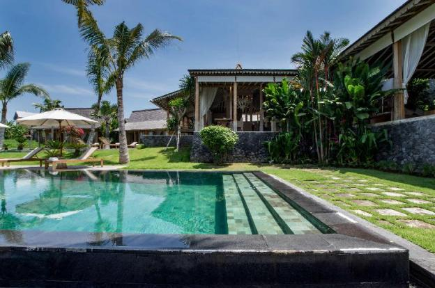 Enjoy a Holiday of a Lifetime Renting Your Own 5 Star Private Villa at the Best Rate in Kerobokan