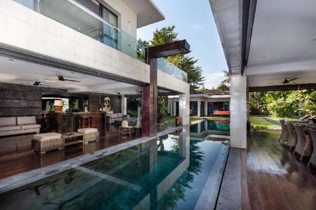 Luxury 5 Bedroom Holiday Villa in Seminyak with Private Pool, Villa Bali 2001