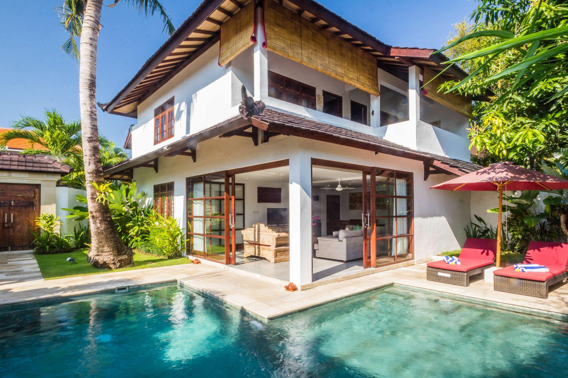 Enjoy A Holiday Of A Lifetime Renting Your Own 5 Star Private Villa At The Best Rate In Seminyak