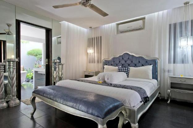 5 Star Private Villa, Seminyak, Bali Villa 1142