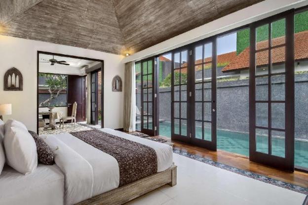 5 Star Private Villa, Umalas-Kerobokan, Bali Villa 2009