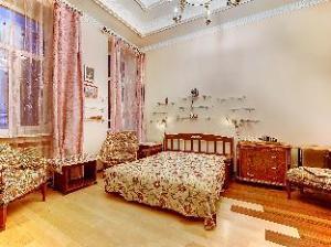 Longo Apartment Kirochnaya 27