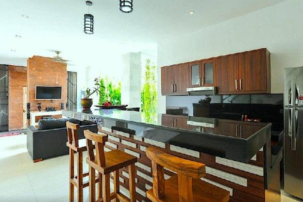 6BDR Central Location (Legian)