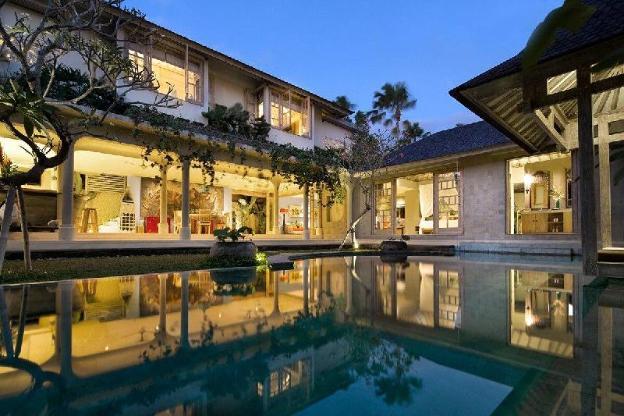 3 BDR Luxury Villa Oberoi Seminyak
