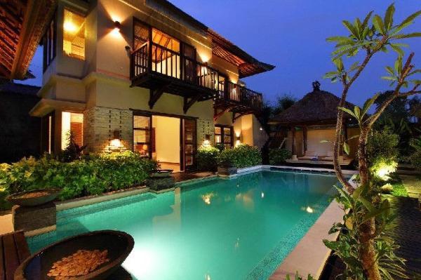 Luxury At The Heart Of Seminyak Bali
