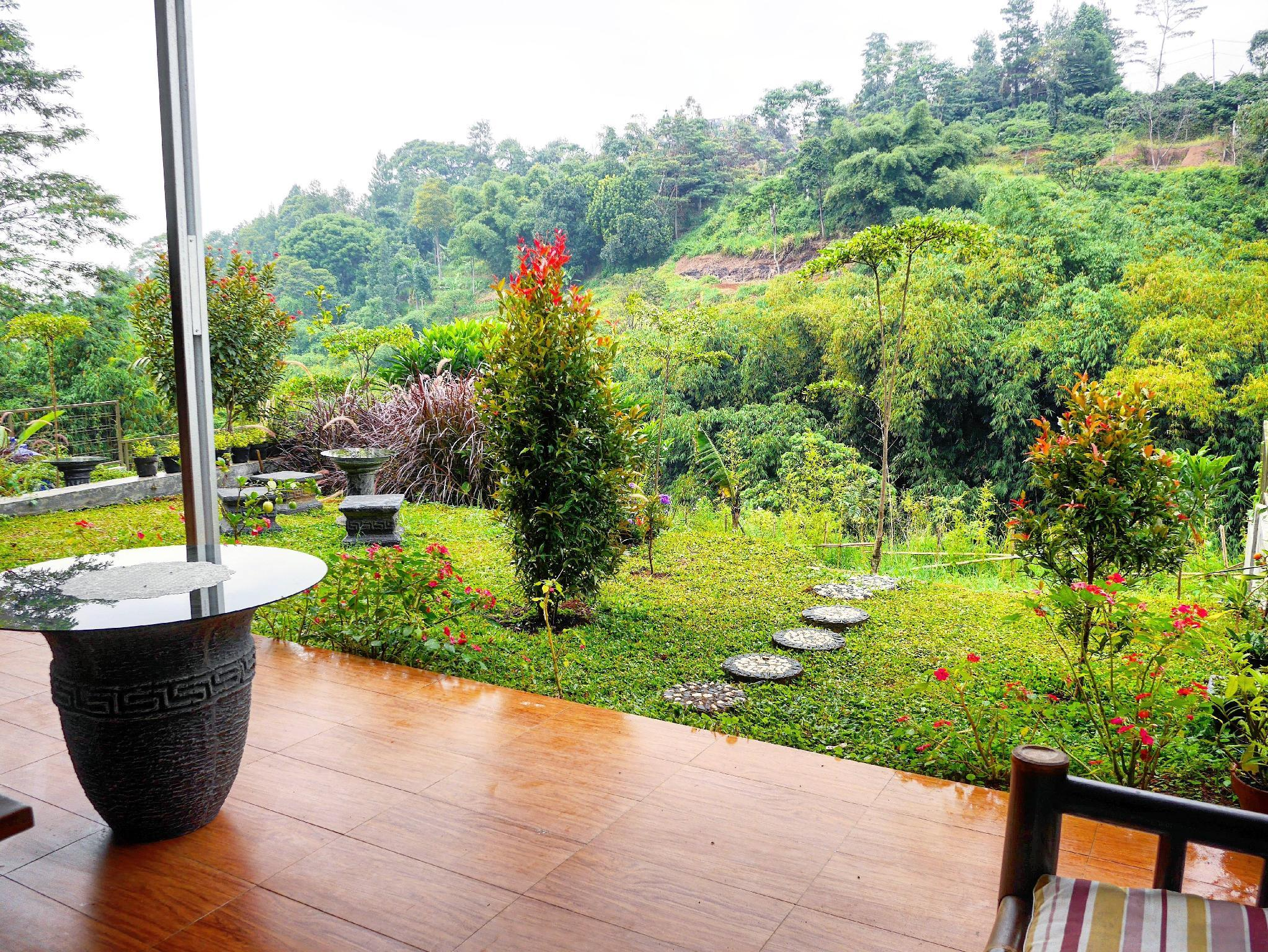 WILTSHIRE @ DAGO PAKAR   Affordable Hillside Villa