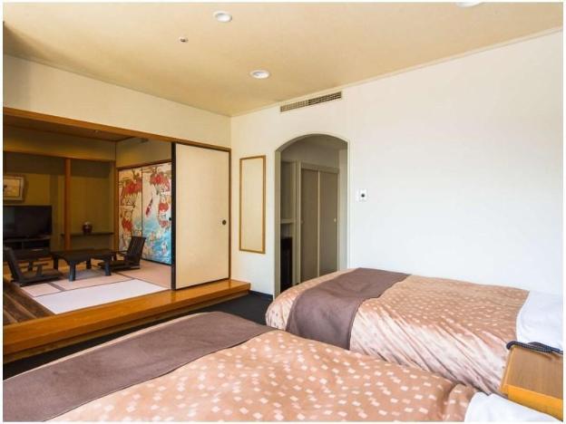 LiVEMAX Resort Kaga-Yamashiro