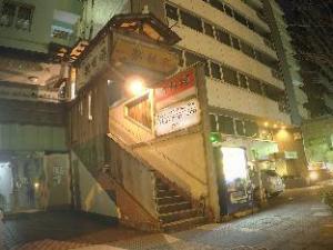 Yokohama Central Hostel