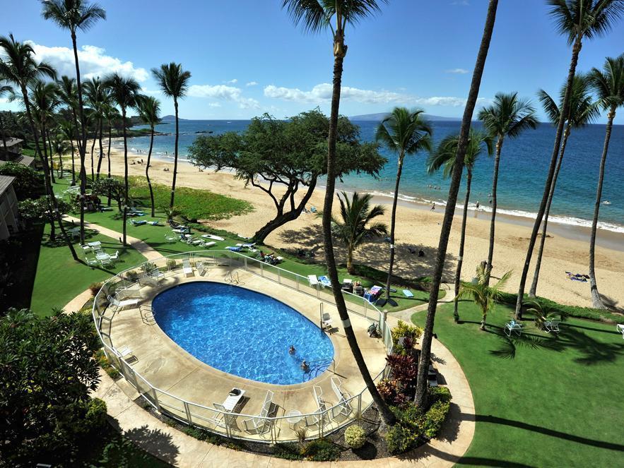 Hale Pau Hana Resort