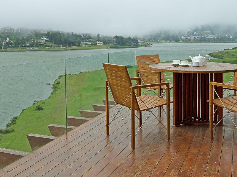 Tea Plant Nuwara Eliya Hotel