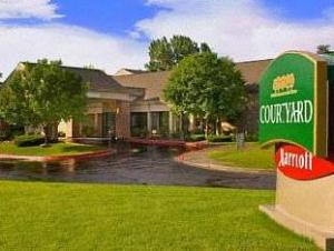 Courtyard By Marriott Fort Collins Hotel