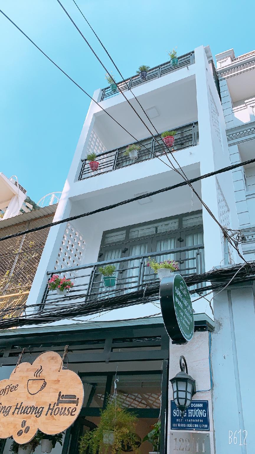 Song Huong House