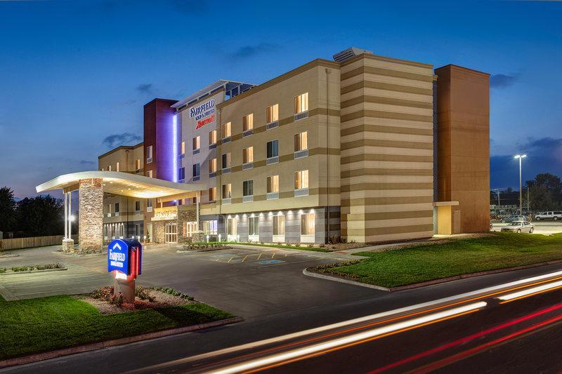 Fairfield Inn And Suites By Marriott Lincoln Crete