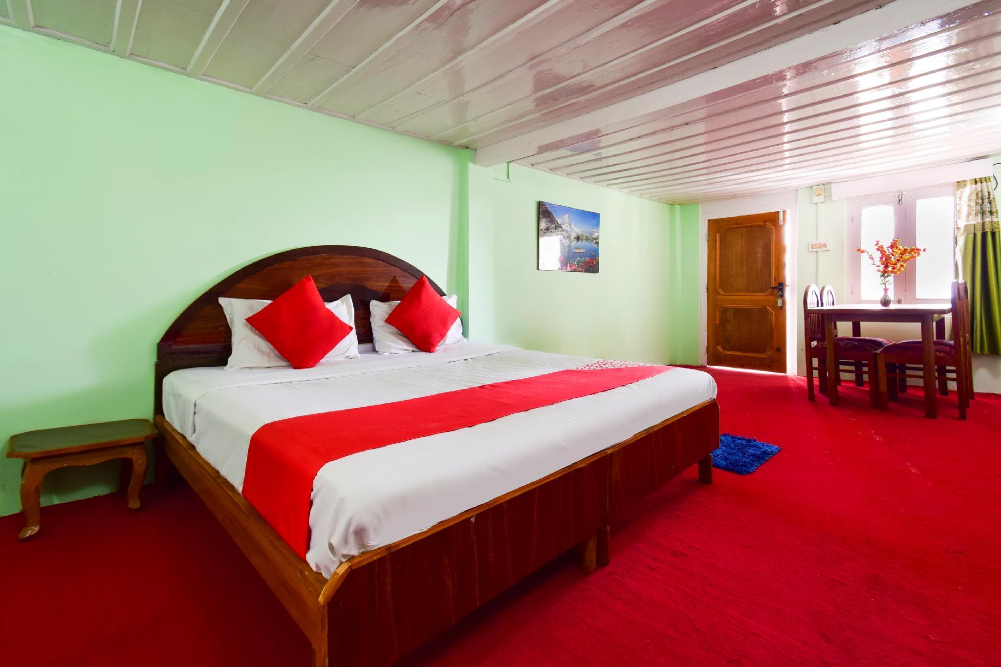 OYO 64247 Vikram Hotel