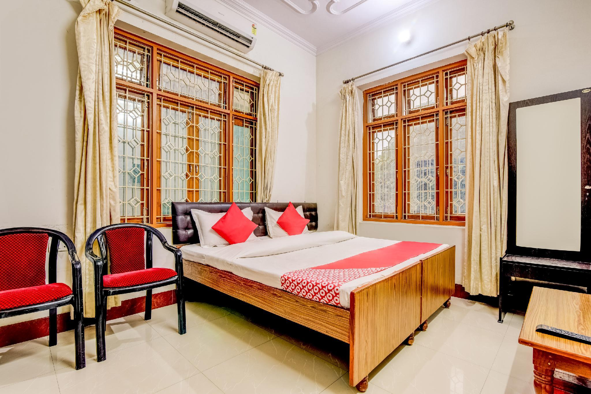 OYO 63628 Narendra Guest House