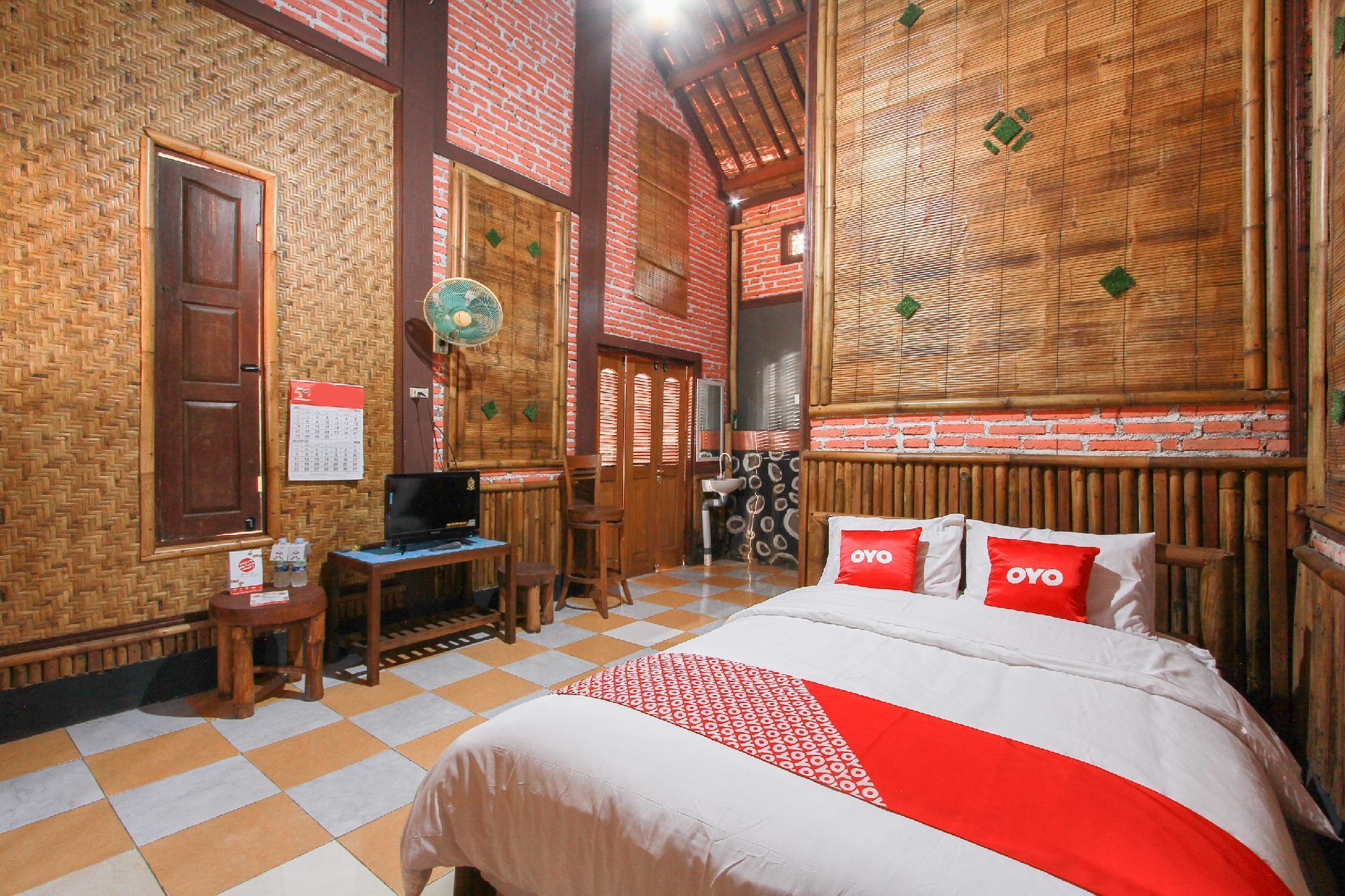OYO 1725 Banyu Asem Residence