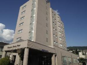 關於上諏訪車站飯店 (Kamisuwa Station Hotel)