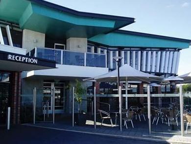 Highlander Hotel Bar Kitchen Rooftop Reviews