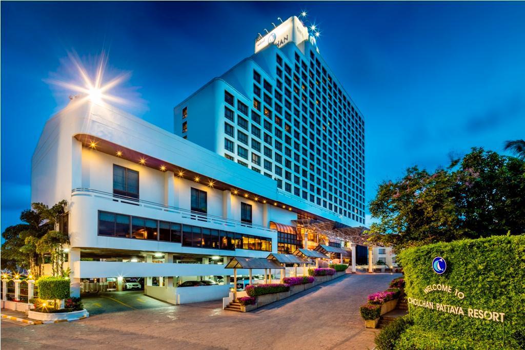 Cholchan Pattaya Beach Resort ชลจันทร์ พัทยา บีช รีสอร์ต