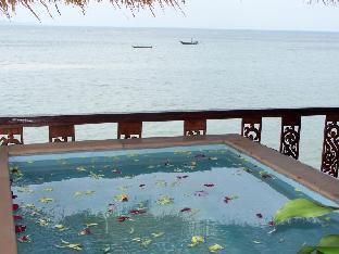 ミルキー ベイ リゾート Milky Bay Resort
