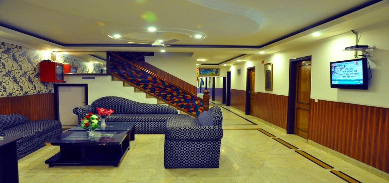 Royal Holidays Hotel