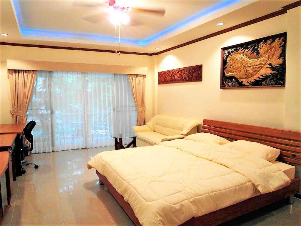 Fully Furnished Studio Apartment Baan Suan Lalana