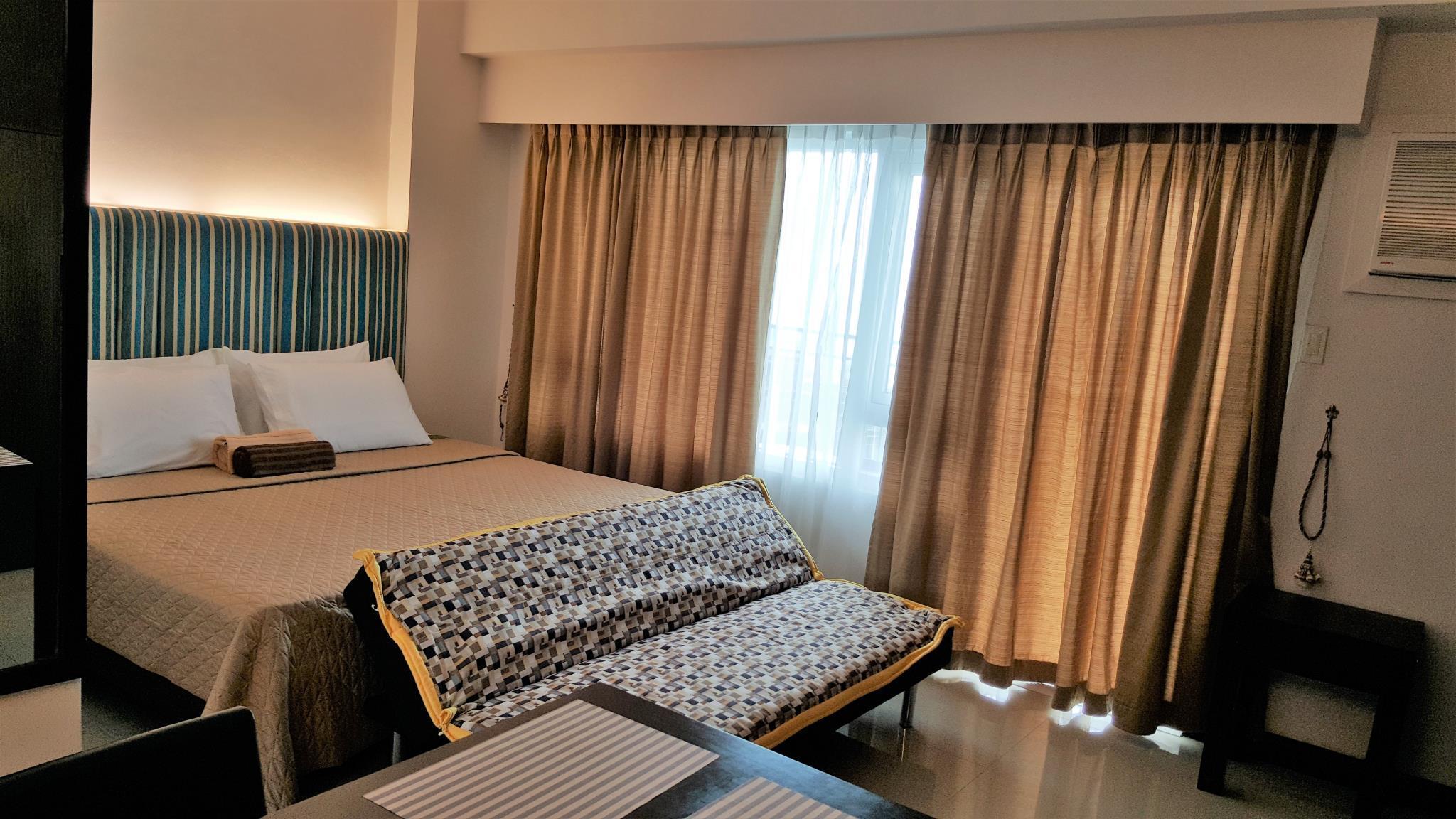 Amisa Studio with King bed near Dusit Thani