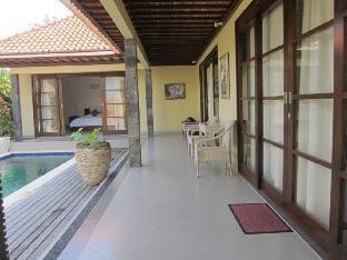 Paper Lotus Villa