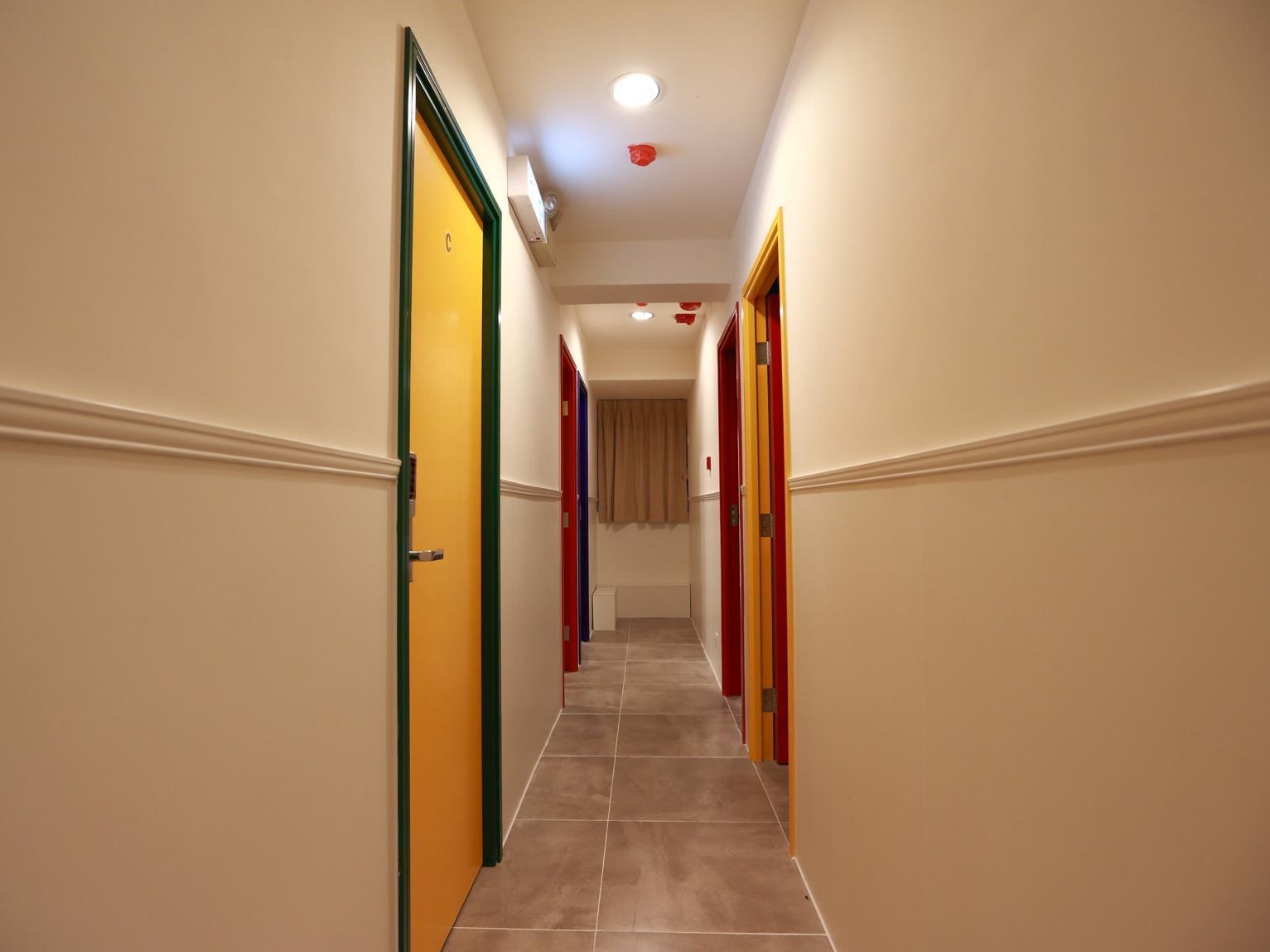 Color Z Hostel
