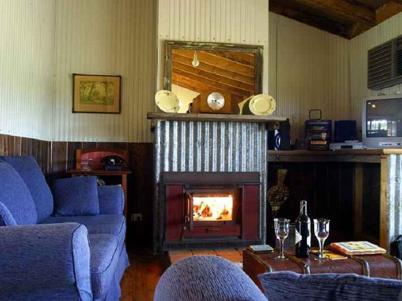 Review Lovedale Cottages