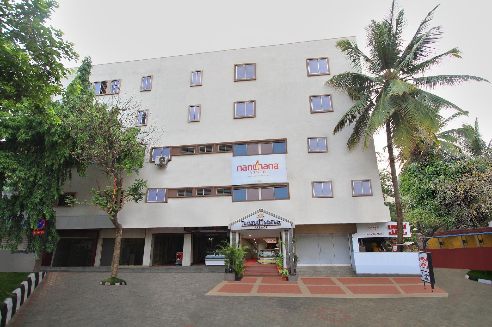 Hotel Nandhana Vista