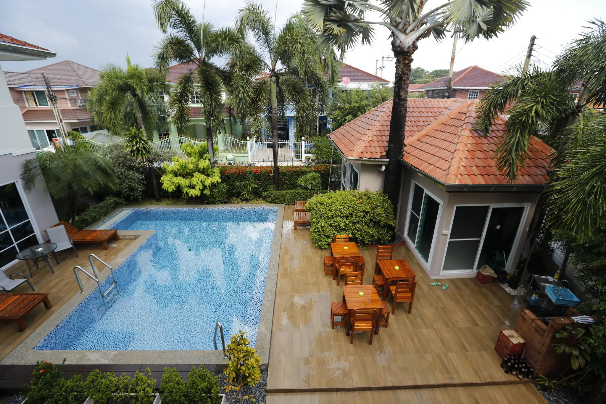 8 Bedroom Pool Villa in Downtown Pattaya วิลลา 8 ห้องนอน 7 ห้องน้ำส่วนตัว ขนาด 650 ตร.ม. – หาดจอมเทียน
