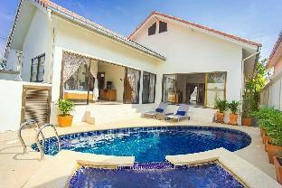 [ジョムティエンビーチ]ヴィラ(200m2)| 3ベッドルーム/3バスルーム Cozy classic 3BR pool villa l max 9 pax - VVP16