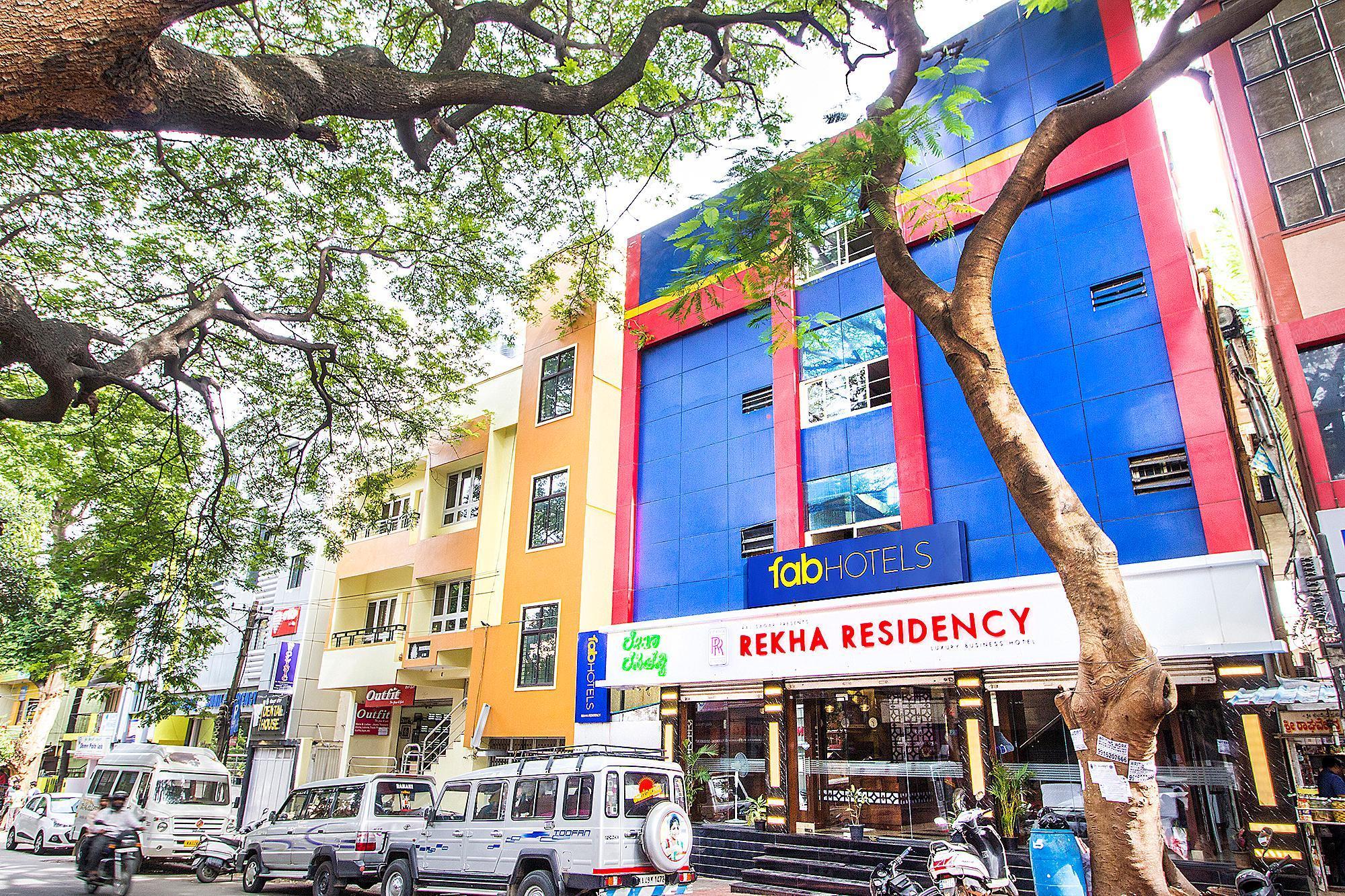 FabExpress Rekha Residency