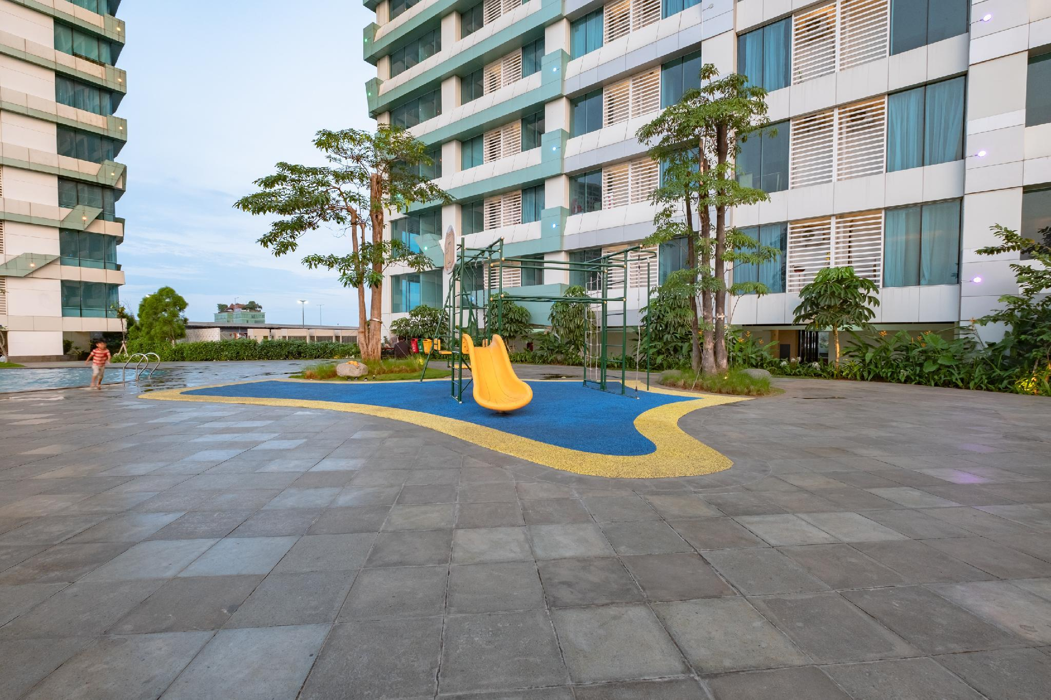 OYO 2245 Apartment Grand Kamala Lagoon