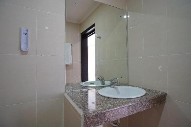 OYO 2392 Nusa Dua Eling Inn