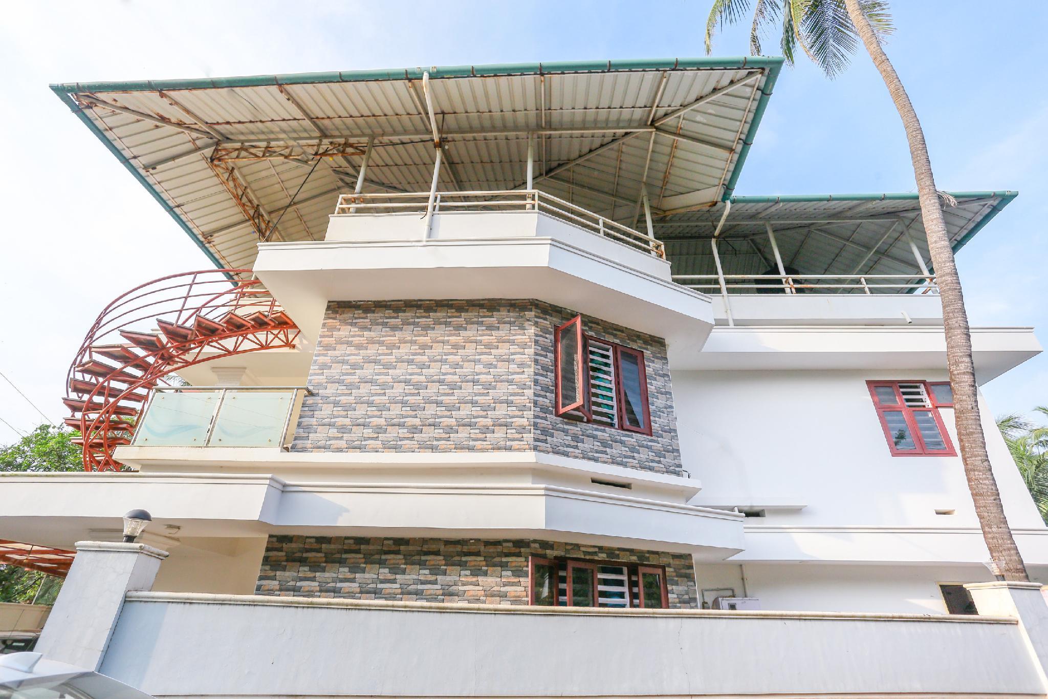SPOT ON 65278 Kannur Beach Villa