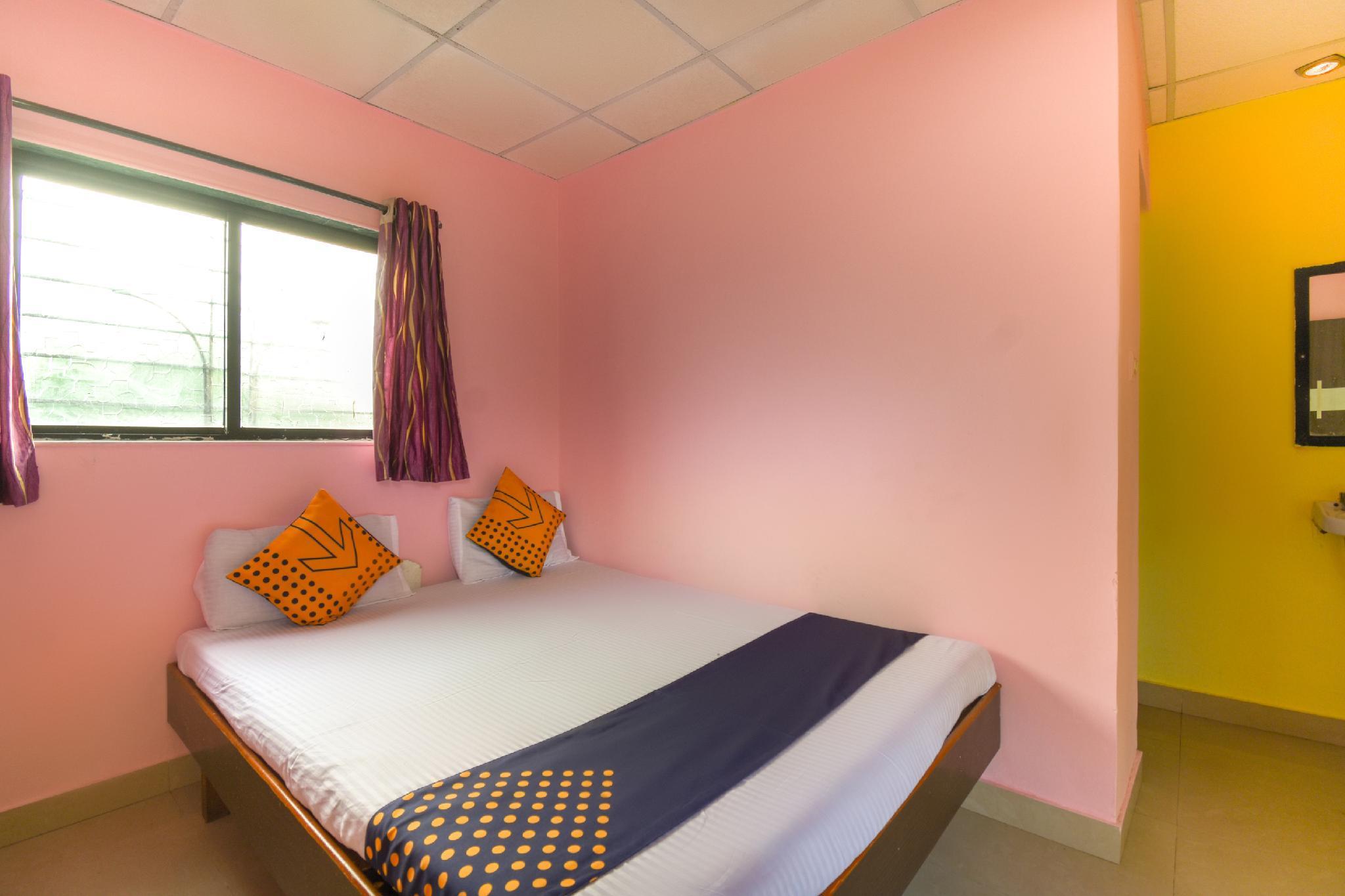 SPOT ON 65135 Hotel Suvarna Samrat Lodge