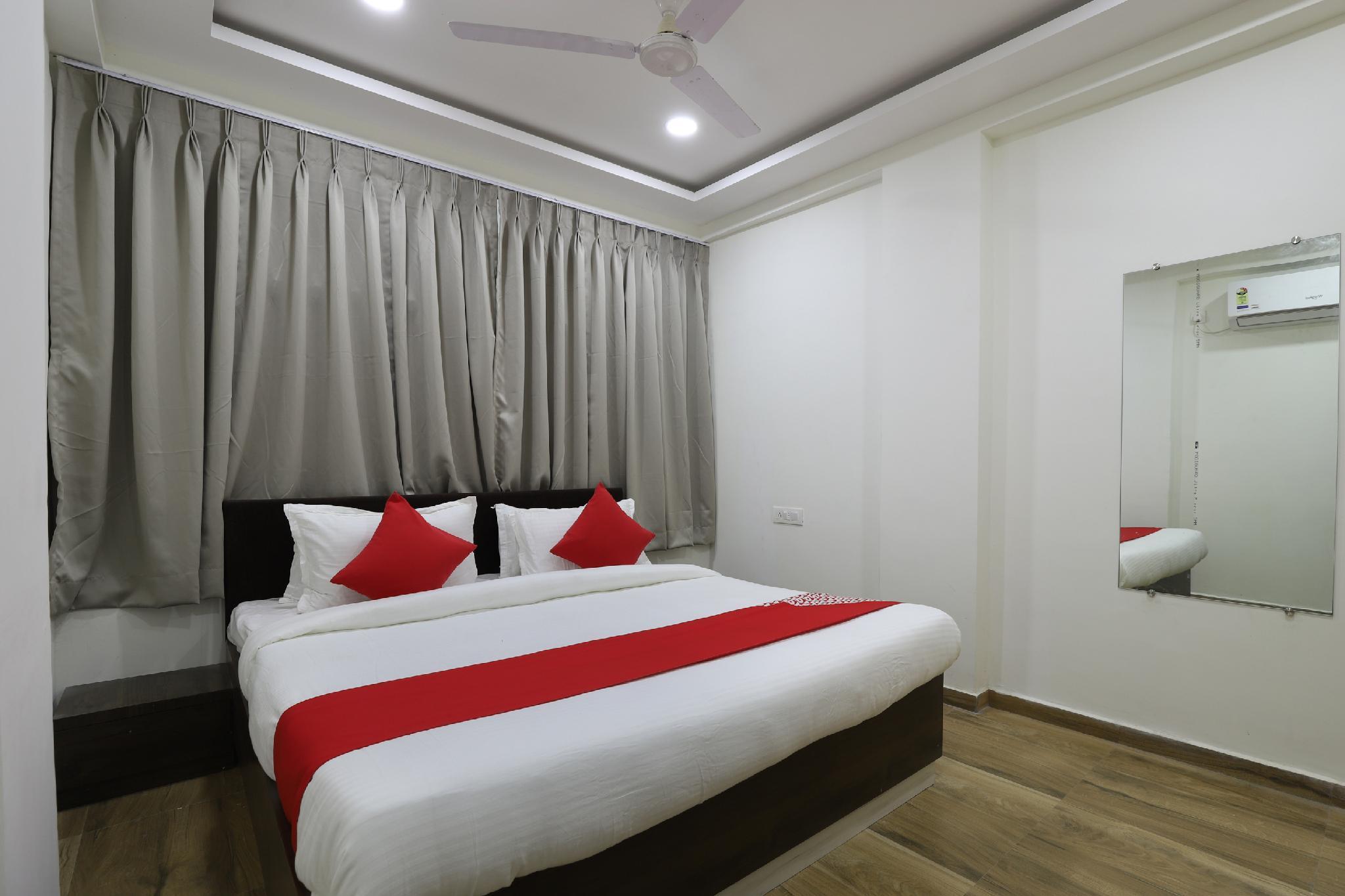 OYO 66158 Hotel New Relax Inn